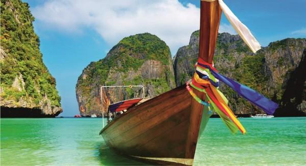 geschmücktes Südseeboot