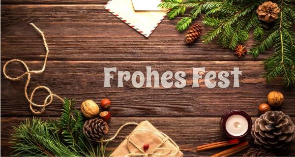 Frohes Fest auf Holzbalken
