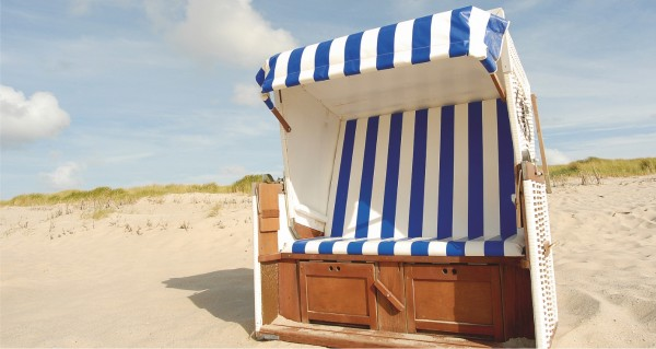 Strandkorb blau weiß