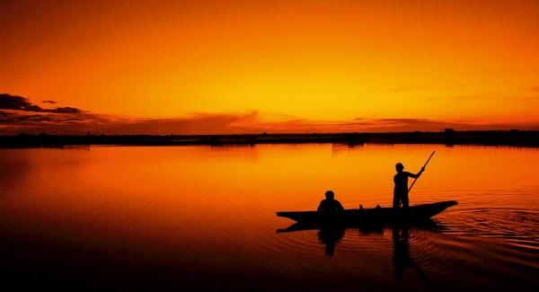 Fischerbott im Sonnenuntergang