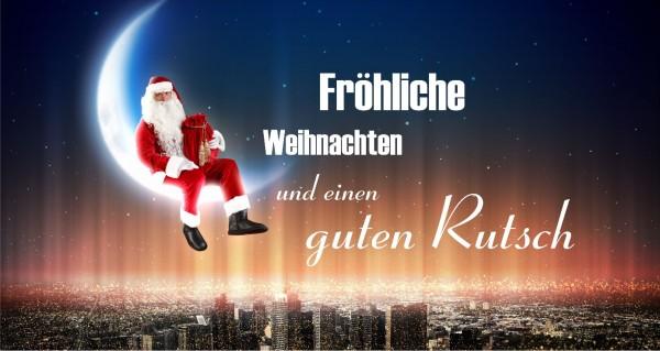 Weihnachtsmann über der Stadt